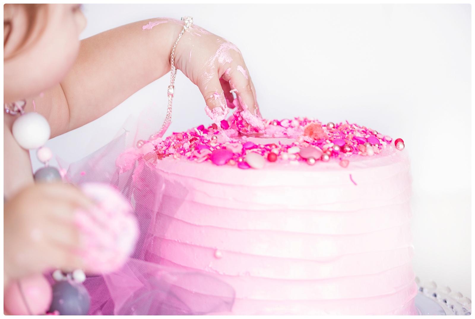 Cape Town Newborn Photographer Cake Smash