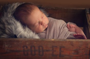 newborn-shoot-cape-town-logan-9224